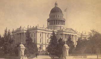 State Capitol from the northwest side (10th and L Streets) circa 1910-1920
