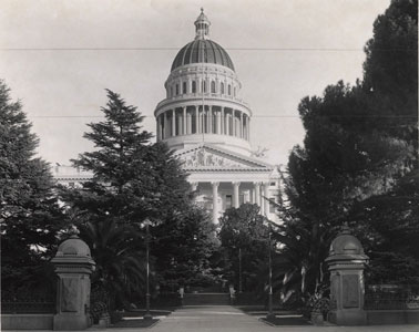 West side view of the State Capitol circa 1910s